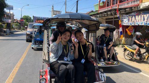 Delegasi Negara Sahabat Keliling Kota Naik Bentor