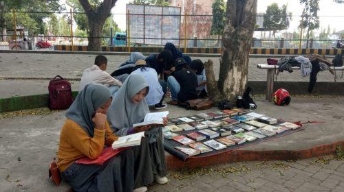 Memantik Minat Baca di Area PIFAF