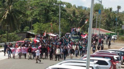 Ribuan Mahasiswa Demo, 500 TNI-POLRI Disiagakan di Pelantikan DPRD Sulbar