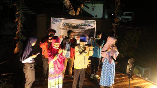 Seruling Khas Tandipura Menghipnotis di Literacy Camp III