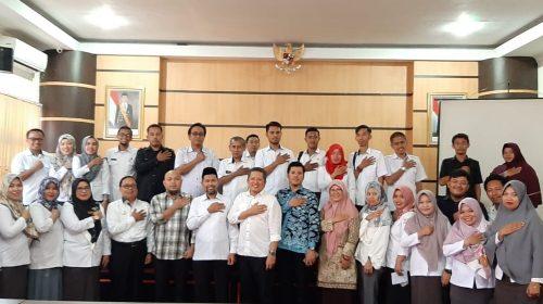 Masuk Kantor, Sekretaris KPU Sulbar Bagi Pengalaman Bertugas di Pedalaman Papua