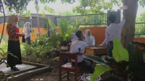 Peserta Pelatihan Dasar Menggarap Kebun Raya Bulo