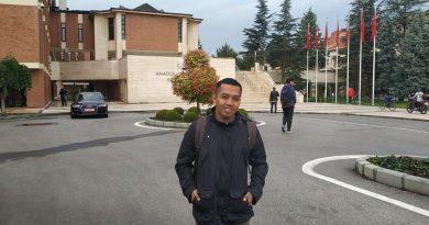 Sunarto, Guru Sekolah Terpencil di Mateng yang Sedang Menyelesaikan S2 di Turki