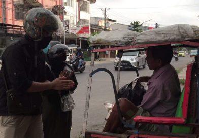 Inspiratif, PTIK JPTE FT UNM Salurkan Donasi kepada Masyarakat Kota Makassar