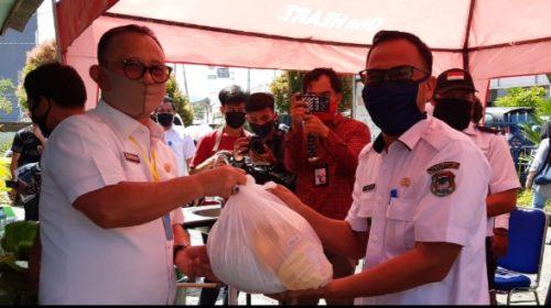 Bersama Bupati Mamuju, BAZ Salurkan Bantuan Paket Sembako