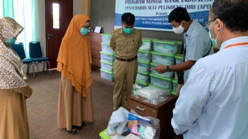 BI Serahkan Bantuan APD ke RS Regional