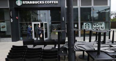 Starbucks Perkirakan Rugi $3 Miliar Lebih akibat Pandemi