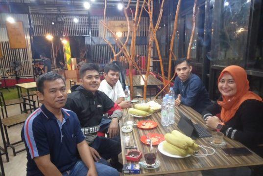 Plt. Direktur RSUD Polewali Ngopi Bareng Alumni HMI