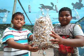 Satu Ember Puntung Rokok Berhasil Dikumpul di Pantai Bahari