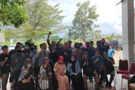 Puluhan Pemuda dan Mahasiswa Kunjungi Kediaman Patmawati