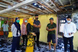 Patmawati Fahmi Kunjungi Korban Kebakaran di Teppo