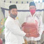 Pemdes Lombong Salurkan Bantuan Keagamaan