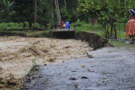 Banjir dan Longsor Tapango, Rumah Rusak, Jalan Terputus