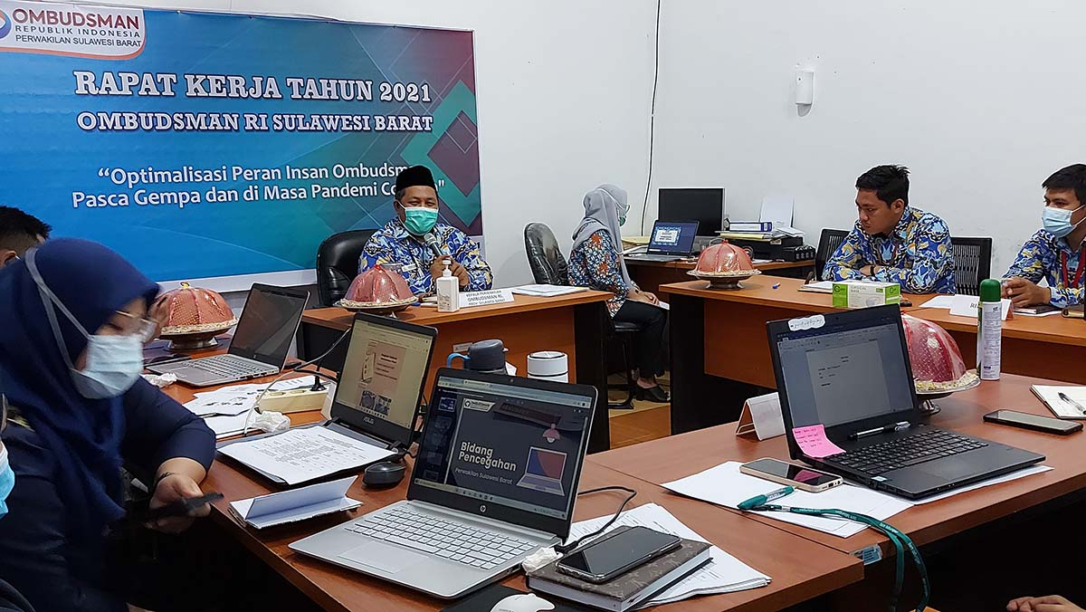 Dorong Optimalisasi Pelayanan Publik Pasca Gempa di Masa Pandemi