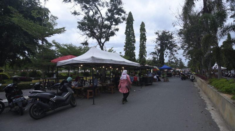 Alun-alun Kota Polewali Nyaman Buat Ngabuburit