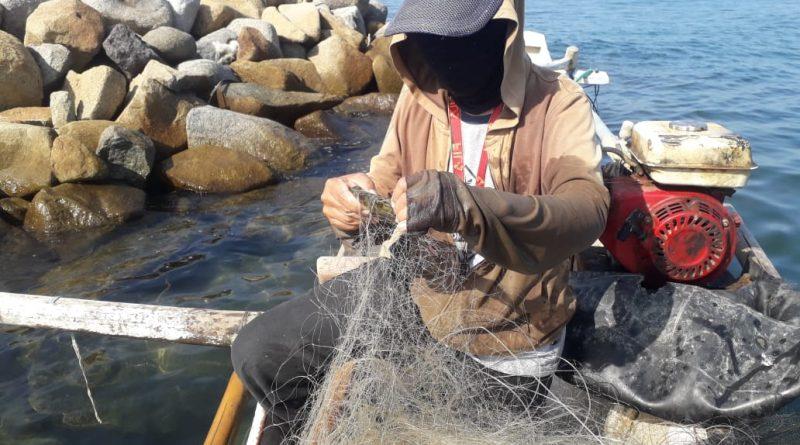 Masriani, Nelayan Perempuan dari Pantai Mampie