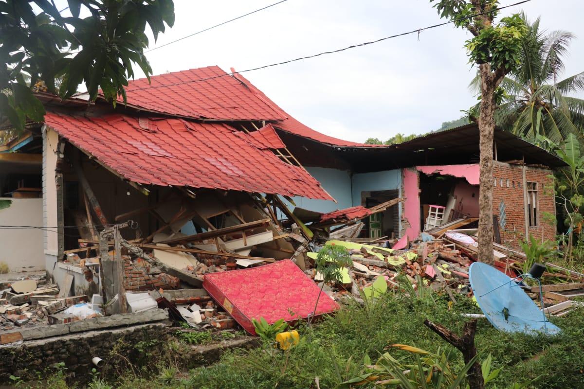 Kisah Cinta Penyintas Gempa di Malunda Bagian 4