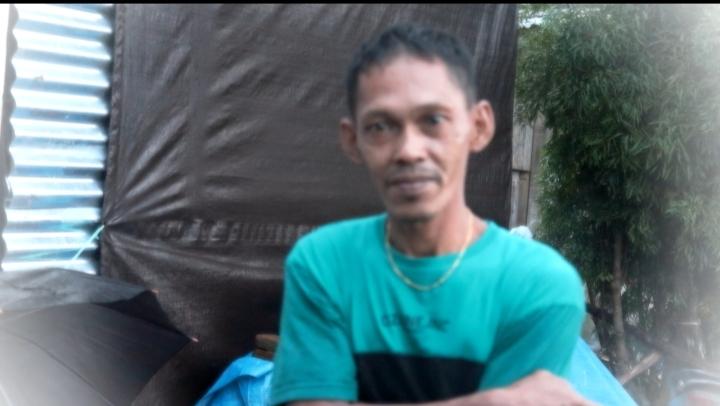 Rumahnya Terbawa Banjir, Rustam: Barang Semuanya Hanyut